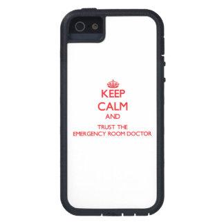 Houd Kalm en vertrouw op de Arts van de Zaal van d Tough Xtreme iPhone 5 Hoesje