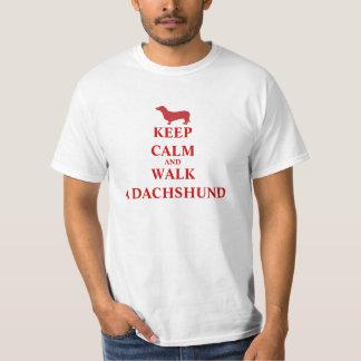 Houd Kalm & loop een van de de hondpret van de T Shirt