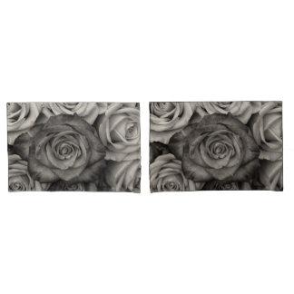 Housse D'oreillers Caisses noires de coussin de roses blancs