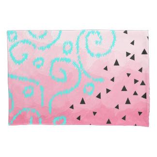 Housse D'oreillers traçage géométrique noir en bon état de rose de