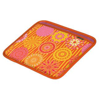 Housse Pour iPad Amusement de kaléidoscope, douille Rose-Orange