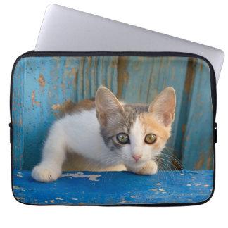 Housse Pour Ordinateur Portable Photo curieuse drôle de yeux de calicot de chaton