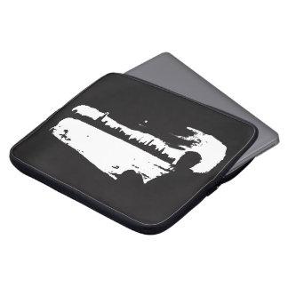 Housse Pour Ordinateur Portable Surveillance noire et blanche de ville - douille
