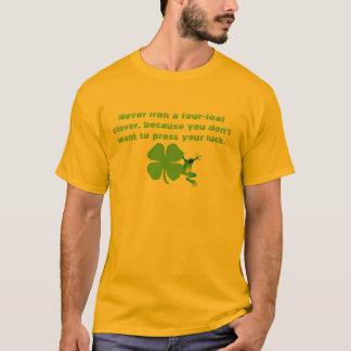 Humour du jour de St Patrick T-shirt