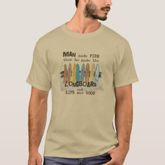 Humour surfant de premier homme avec Longboards T-shirt