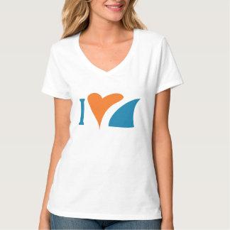 I T-shirt de V-Cou de requins de coeur