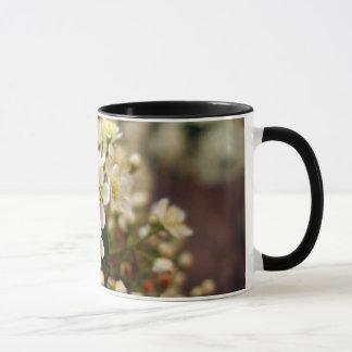 Il effiloche avec des Fleurs Mug