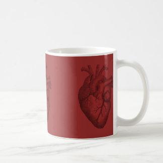 Illustration vintage de coeur mug blanc