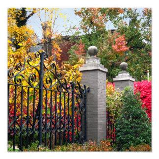 Impression Photo Porte colorée avec le feuille et le carré d'arbres