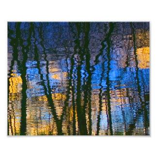 Impression Photo Réflexions abstraites de bleu et de jaune modelées