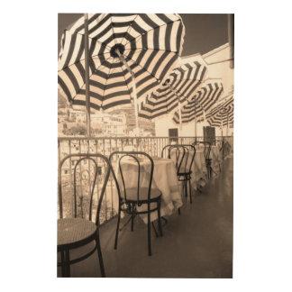 Impression Sur Bois Balcon étrange de restaurant, Italie