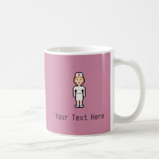Infirmière faite sur commande de pixel mug