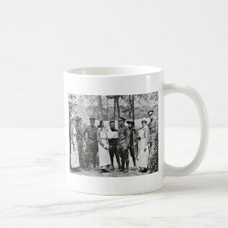 Infirmières et médecins de WWI Mug