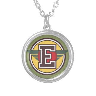 """Initiale de la lettre """"E"""" de monogramme de Deco Pendentif Rond"""