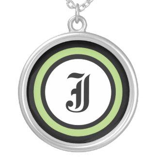 Initiale verte de cercle pendentif rond
