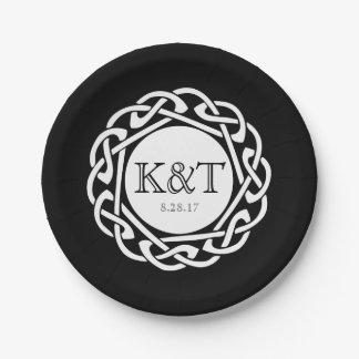 Initiales celtiques de noeud - noir de plat de assiettes en papier