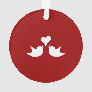 Inséparables avec le coeur épousant Enagement