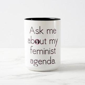 Interrogez-moi au sujet de ma tasse féministe