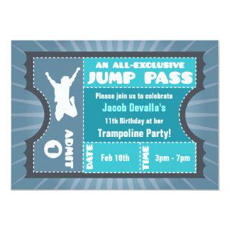 Invitation bleue de passage de saut de trempoline