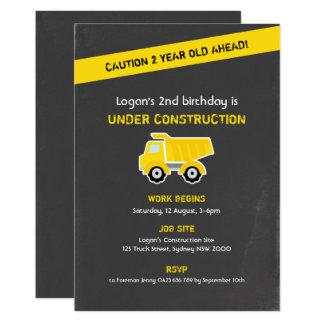 Invitation d'anniversaire de construction, craie