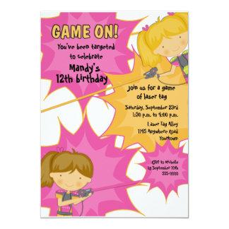 Invitation d'anniversaire de filles d'étiquette de