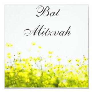 Invitation jaune élégante de bat mitzvah de fleurs carton d'invitation  13,33 cm