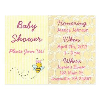 Invitation jaune et rose de baby shower de bourdon