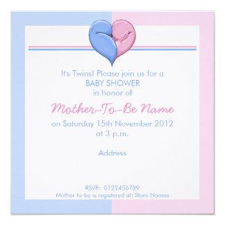 Invitation jumelle de baby shower de coeur de