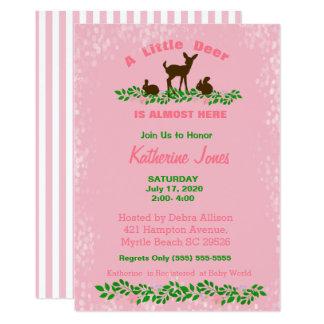 Invitation mignonne de baby shower de cerfs