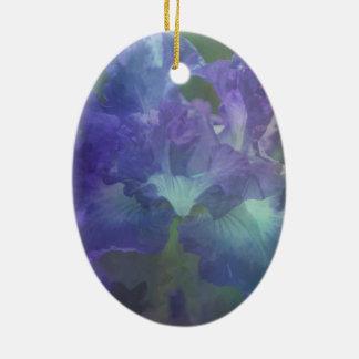 Iris botanique de pourpre de fleur ornement ovale en céramique