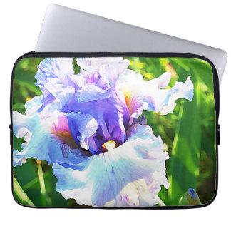 Iris d'aquarelle dans la lavande et le bleu protection pour ordinateur portable