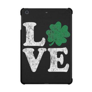 Irlandais de shamrock d'AMOUR du jour de St