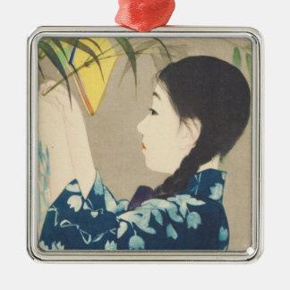 Ito 100 figures des beautés utilisant le kimono de ornement carré argenté