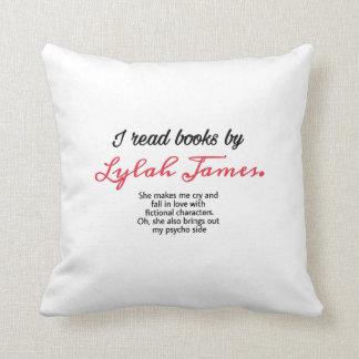 J'ai lu des livres par le coussin de James de