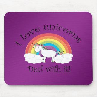 J'aime des licornes traite lui l'arrière - plan po tapis de souris