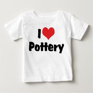 J'aime la poterie de coeur - amant d'argile t-shirt pour bébé