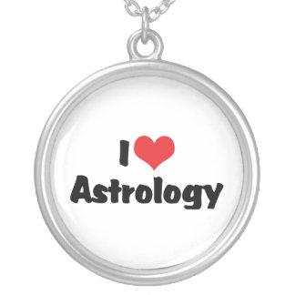 J'aime l'astrologie de coeur collier