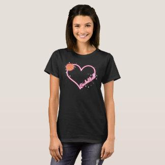 J'aime le T-shirt de basket-ball