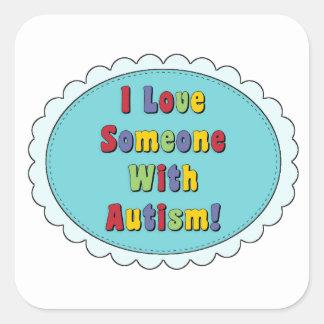 J'aime quelqu'un avec des autocollants d'autisme