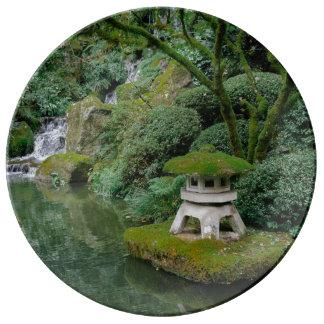Jardins japonais paisibles assiette en porcelaine