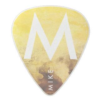 jaune avec le nom, le cool des guitare-joueurs médiator acetal