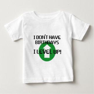 Je n'ai pas des anniversaires… t-shirt pour bébé
