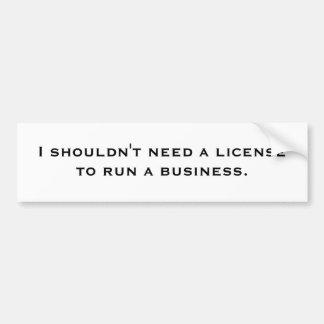 Je ne devrais pas avoir besoin d'un permis de autocollant de voiture