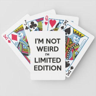 Je ne suis pas étrange je suis humour de jeux de cartes