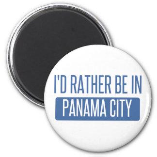 Je serais plutôt à Panamá City Aimant