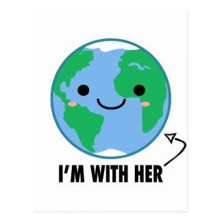 Je suis avec elle - jour de la terre de planète carte postale