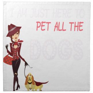 Je suis juste ici pour choyer tous les chiens serviettes de table