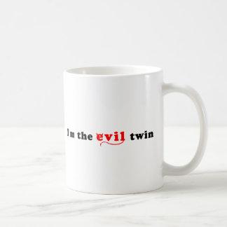 Je suis le jumeau de mal mug blanc