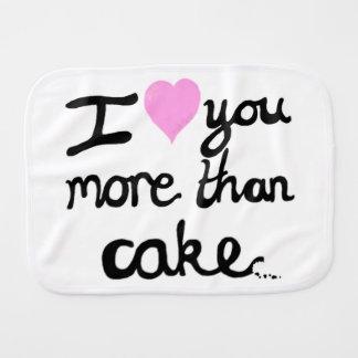 Je t'aime plus que le linge de bébé de gâteau