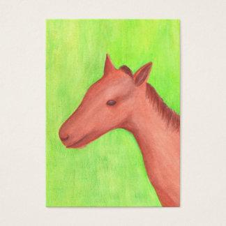 Jeune carte de collection d'artiste de cheval